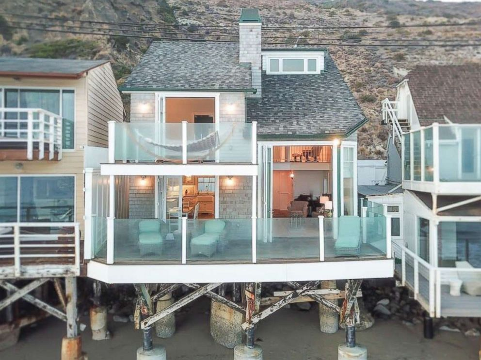 PHOTO: An outside view of Judy Garlands former Malibu beach home on sale for $3.7 million.