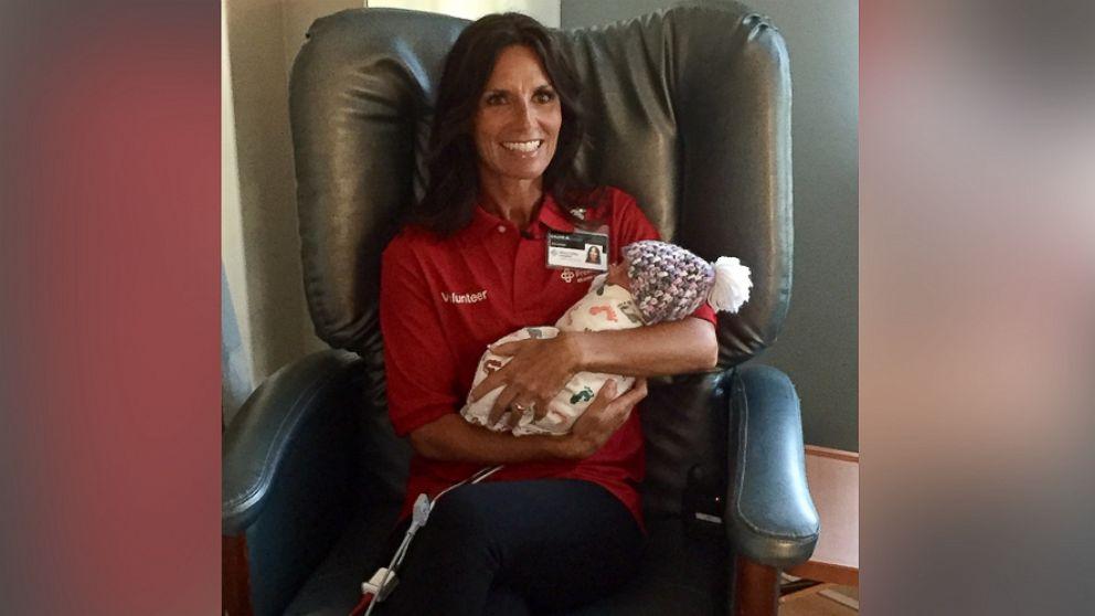 Ohio Hospital Creates Infant Cuddle Program For Babies
