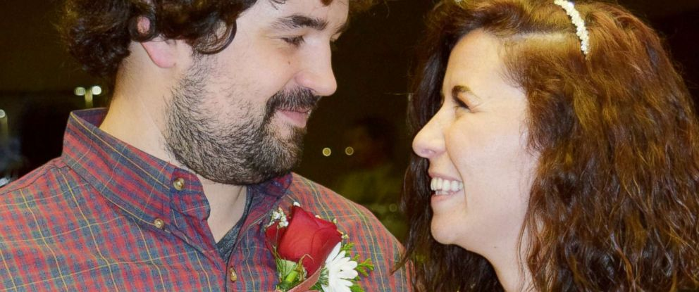 PHOTO: Nathan and Whitney Romans married at St. Lukes Magic Valley Medical Center in Twin Falls, Idaho.