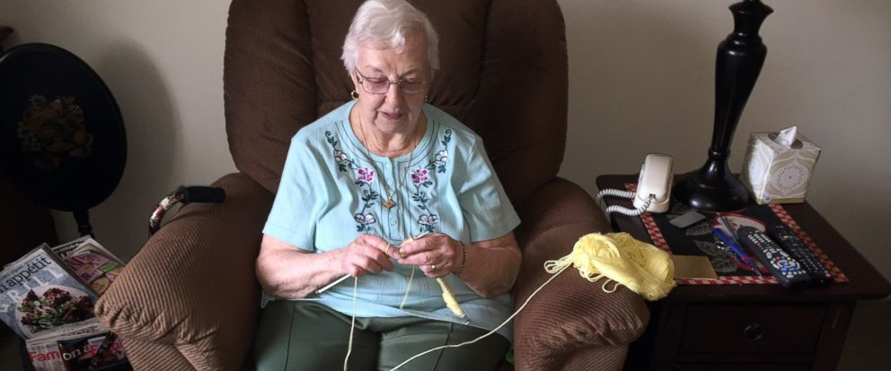 PHOTO: 90-year-old grandmother Barbara Lowe hand knits hats for newborns at Hillcrest Hospital in Mayfield Heights, Ohio.