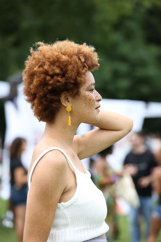 PHOTO: Nikia, brand spokesperson for Smooth n Shine, at Curlfest.