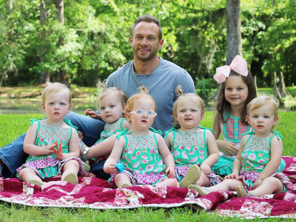 tlc 39 s 39 outdaughtered 39 dad reveals struggle with postpartum