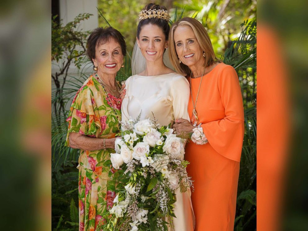 PHOTO: Pilar OHara Kassouf poses with her mother and grandmother on her September 2017 wedding day.