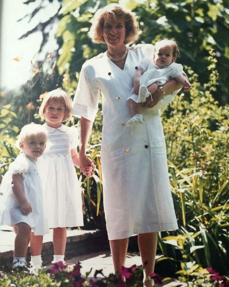 PHOTO: A throwback photo of The Pink Fund founder Molly MacDonald with three of her five children.