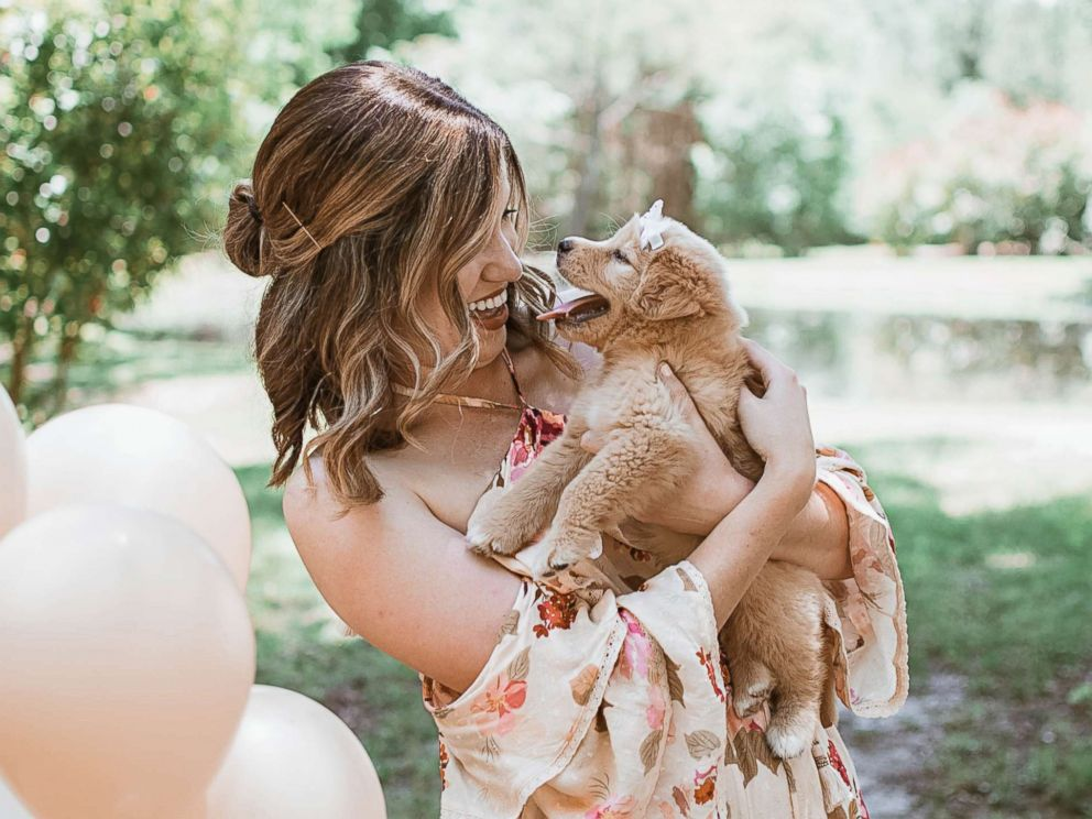 PHOTO: Joy Stone, 25, of Melissa, Texas, was photographed with her new dog, who she named the Rey, in a gender-reveal-style photo shoot in May 2018.