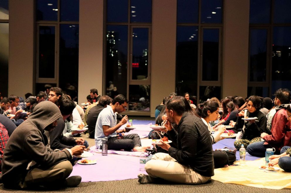 PHOTO: Every night during Ramadan approximately 300-400 people come together at the Islamic Center at New York University to break fast.