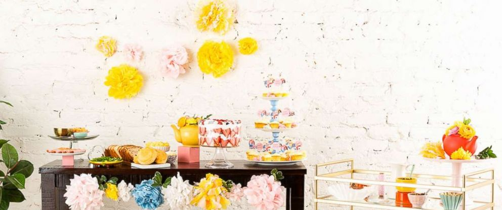 PHOTO: Heres how to host the perfect royal wedding viewing party!