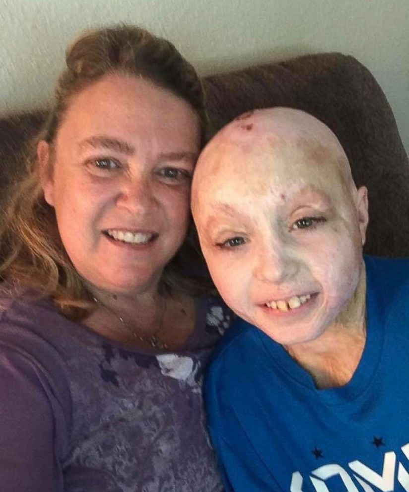 PHOTO: Owen Mahan, 10, poses with his mom, Susan Mahan, in this undated family photo.