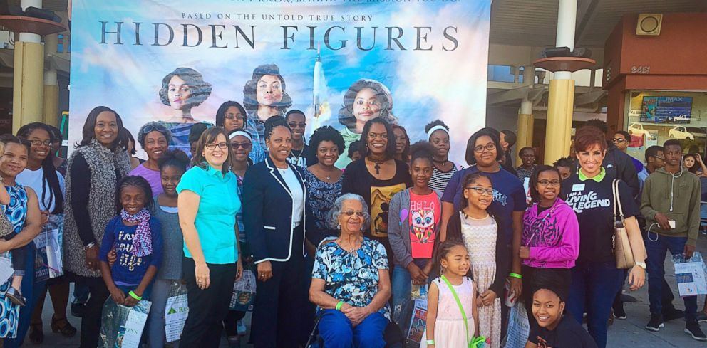 PHOTO: Taylor Richardson with girls at a private screening of Hidden Figures in Jacksonville, Florida, Feb. 2017.
