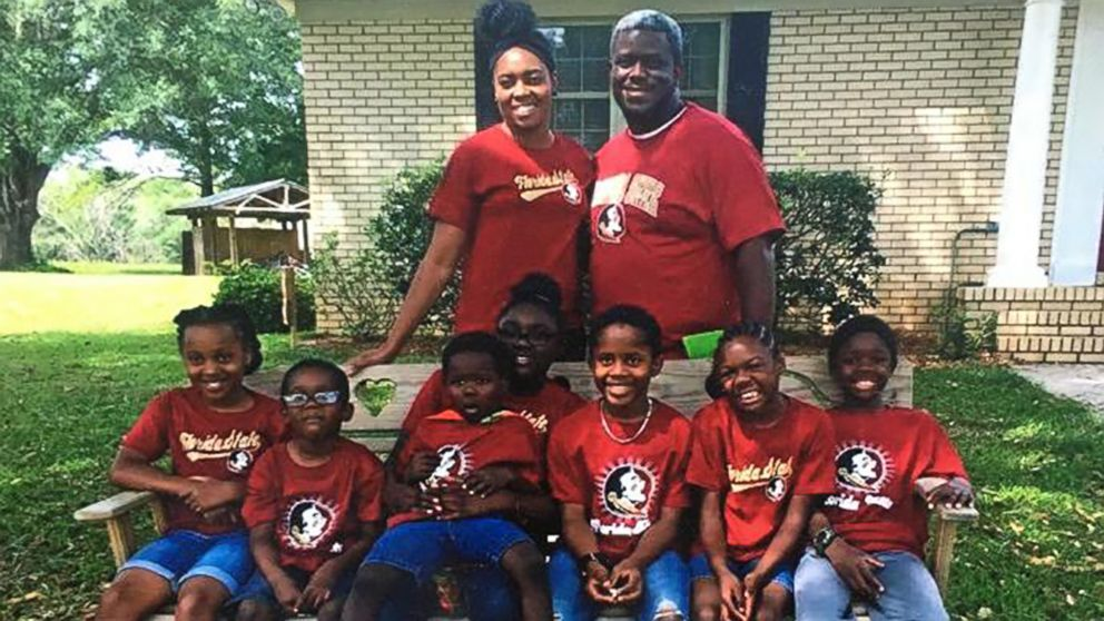 Florida couple to adopt 7 siblings separated by foster ...