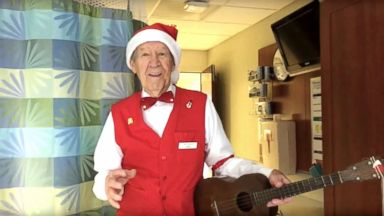 'PHOTO: Tom Ruggles, 89, has been singing and playing his ukulele to patients1_b@b_1Emerson Hospital in Concord, Mass. for1_b@b_1least 14 holiday seasons.' from the web at 'https://s.abcnews.com/images/Lifestyle/tom-ruggles-ht-jpo-171221_16x9t_384.jpg'