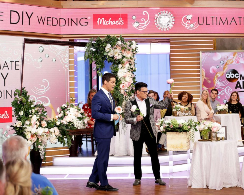 PHOTO: Celebrity wedding planner and Michaels spokesperson David Tutera shares tips for a DIY wedding.