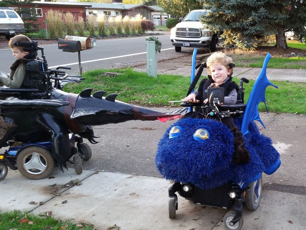 PHOTO: Magic Wheelchair founder Ryan Weimers sons, Keaton and Bryce, play in their wheelchair costumes.
