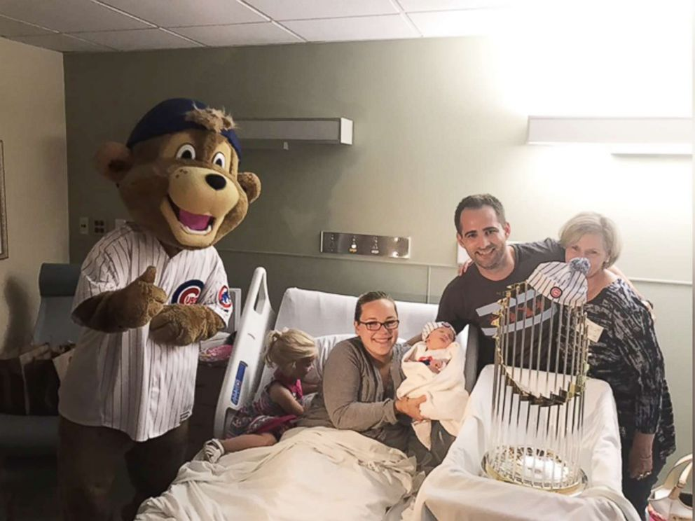 PHOTO: A Chicago hospital celebrated a baby boom 9 months after the Cubs World Series win with team onesies and photos with the trophy.