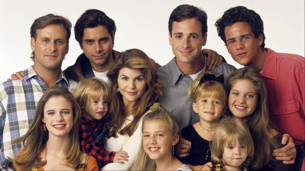 John Stamos Calls Out Olsen Twins On Fuller House Reboot Abc News