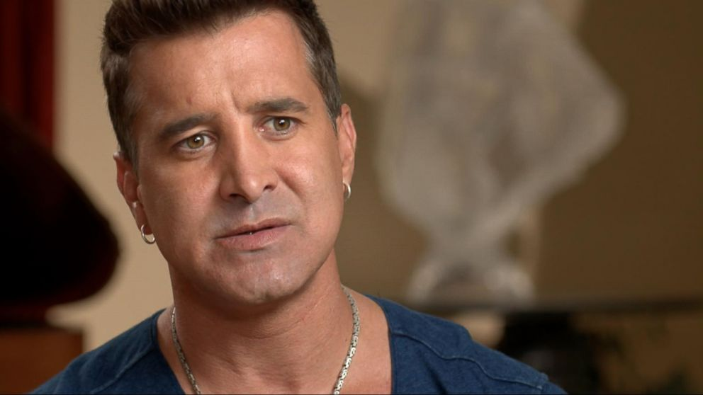creed u0026 39 s scott stapp reveals he suffers from bipolar