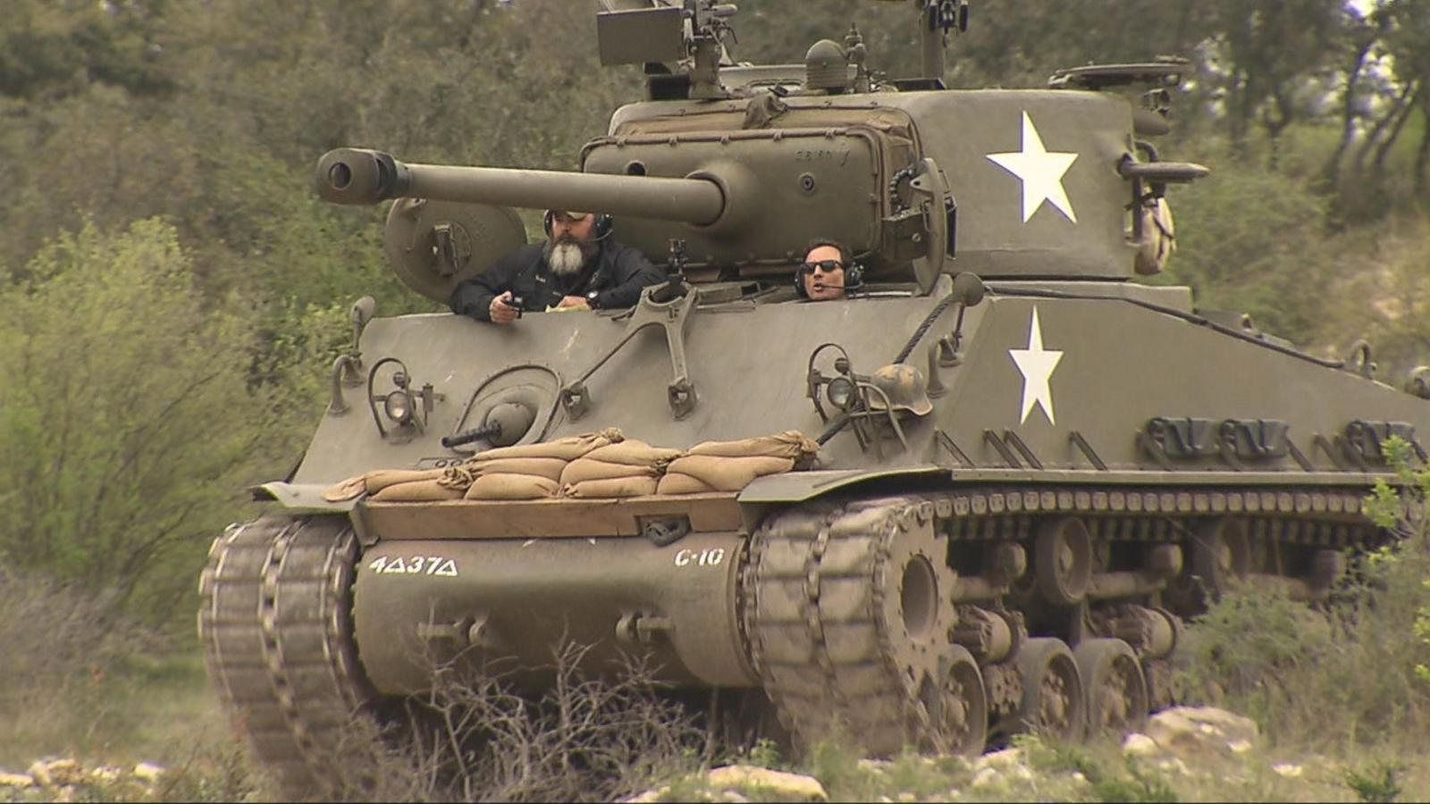 Drive A Tank >> This Texas Company Lets You Spend Spring Break Driving Real