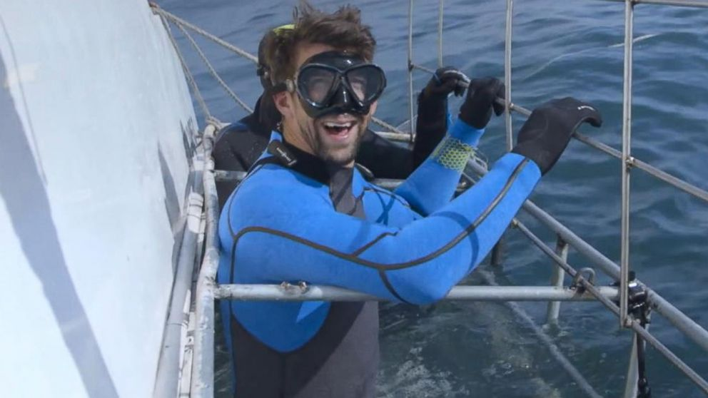 Are there great white sharks in new york city video abc news now playing michael phelps on preparing for his race against great white shark publicscrutiny Gallery