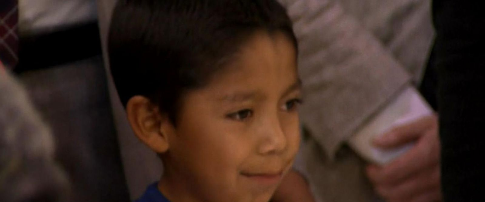 VIDEO: Families hope to reunite with kids as debate over separation at the border continues