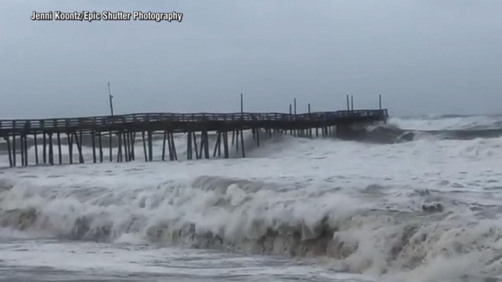 VIDEO: Hurricane Florence closes in on the Carolina coast