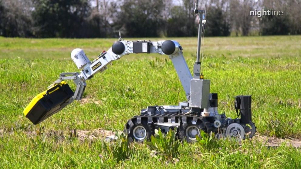 VIDEO: How the Austin PD Bomb Squad use a robot to safely disarms bombs