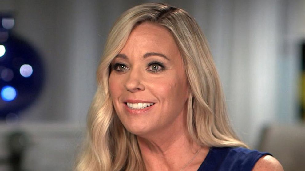 Kate Gosselin, her twins discuss her dating again as a single mom of 8