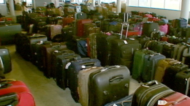 550340ec122 Airports Auction Lost Luggage