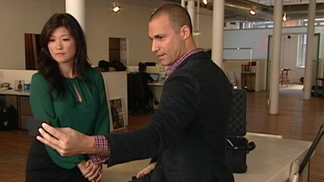 VIDEO: Renowned fashion photographer Nigel Barker offers his tips for taking perfect self portraits.