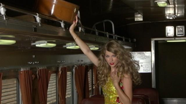 da7b62ebd401 Taylor Swift on Glamour Shoot