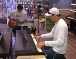 VIDEO: Tennis doubles champions Bob and Mike Bryan show off their music skills.