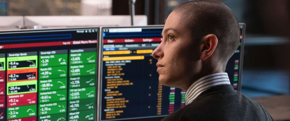 """PHOTO: Asia Kate Dillon as Taylor in """"Billions."""""""