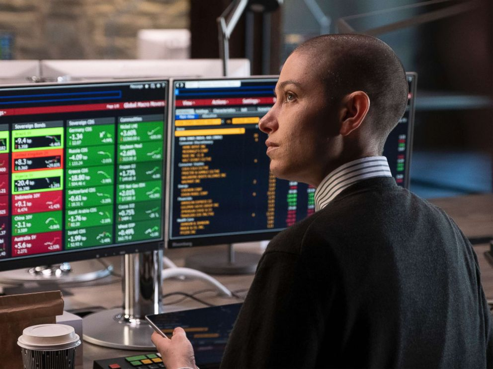 PHOTO: Asia Kate Dillon as Taylor in Billions.