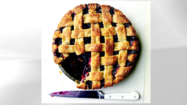 PHOTO: Lattice-top blueberry pie, courtesy Martha Stewart