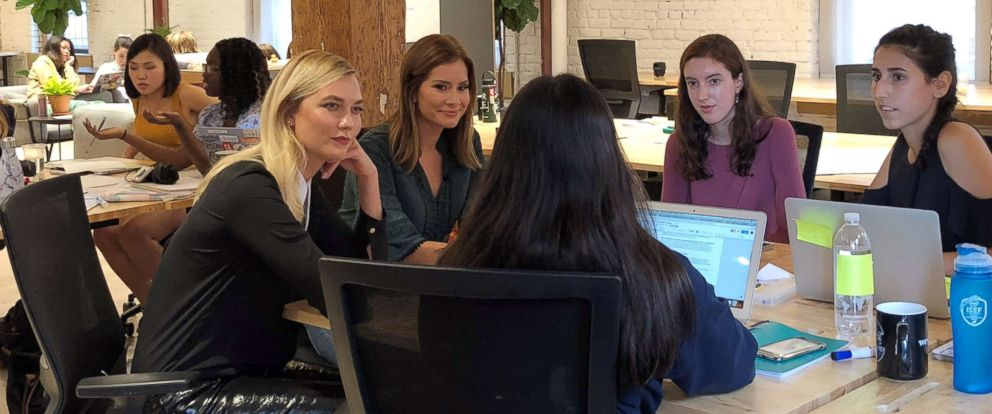 PHOTO: Karlie Kloss mentors girls learning to code at The Flatiron School in New York.