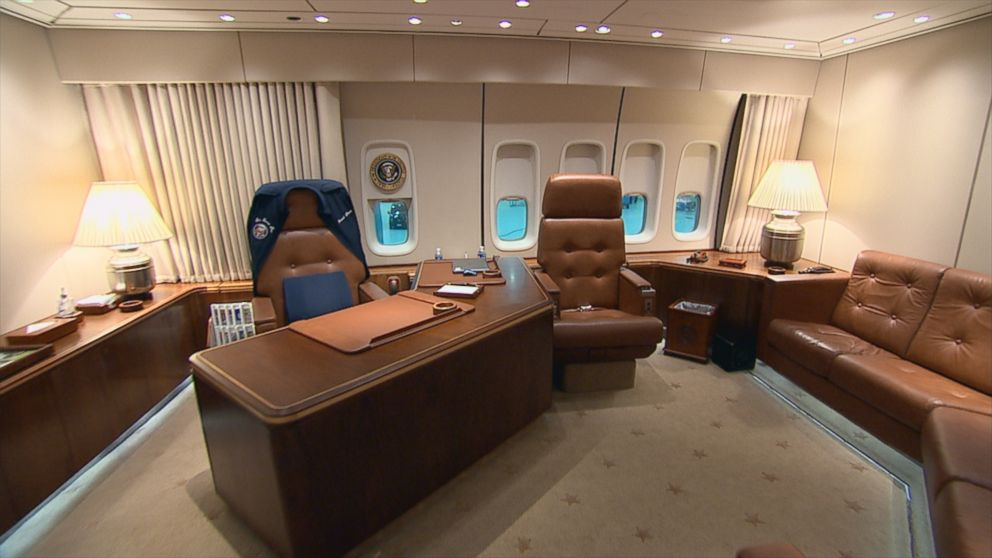 Inside air force one president 39 s office video abc news Air force one interior