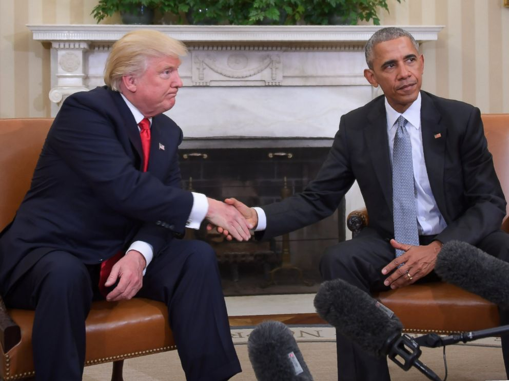 PHOTO: President Barack Obama and President-elect Donald Trump shake hands during a transition planning meeting in the Oval Office on Nov. 10, 2016.