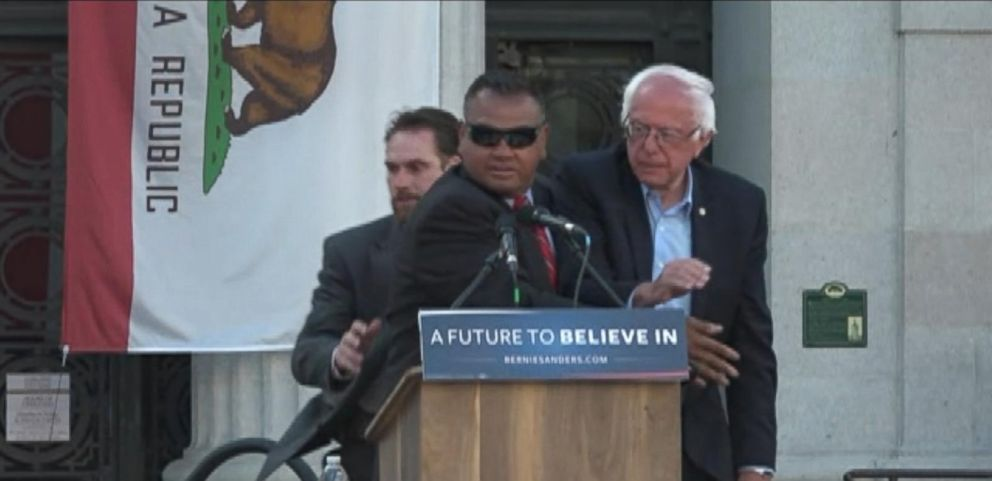 VIDEO: Secret Service Rushes Stage at Bernie Sanders Rally