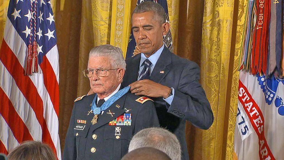 ed4c5dab58b Obama Awards Medal of Honor to Vietnam Vet Who Saved Dozens of Lives ...