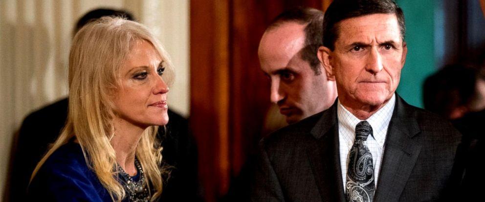 Trumps national security adviser Michael Flynn resigns