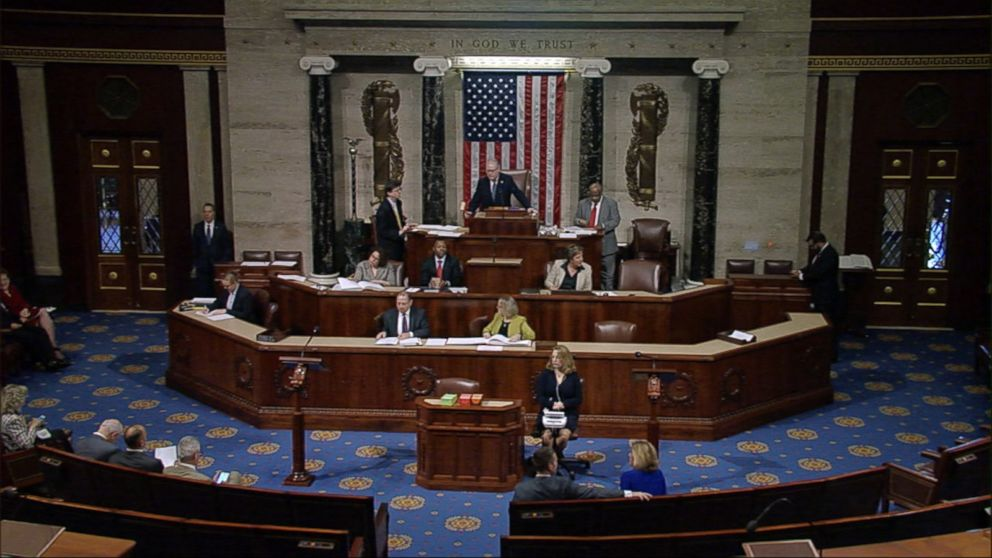 Congress reaches deal on government funding