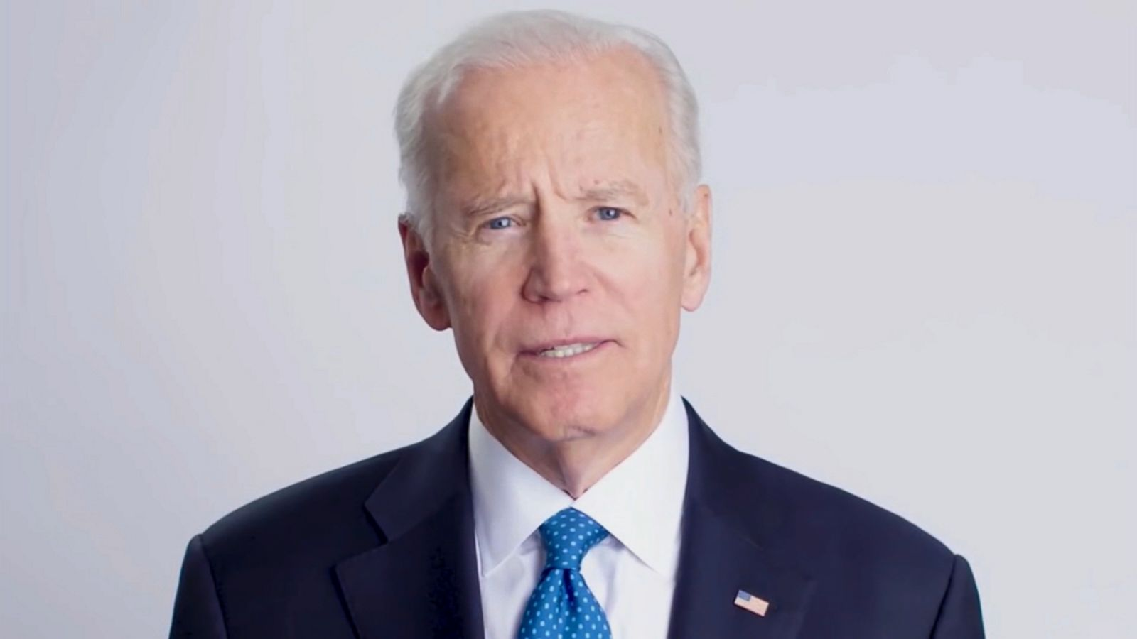 middle class joe biden hits the trail for dems but will it win