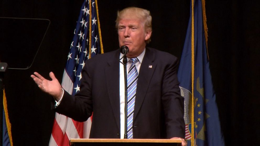 PHOTO: Donald Trump unveiled his energy platform at an address in Bismarck, North Dakota, on May 26, 2016.