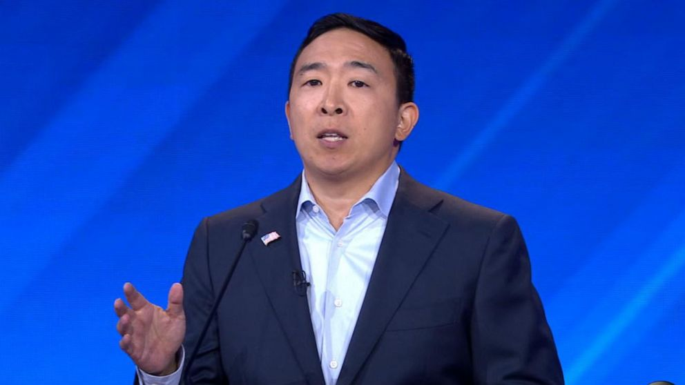 Andrew Yang to give $1,000 a month to 10 families as part of his campaign