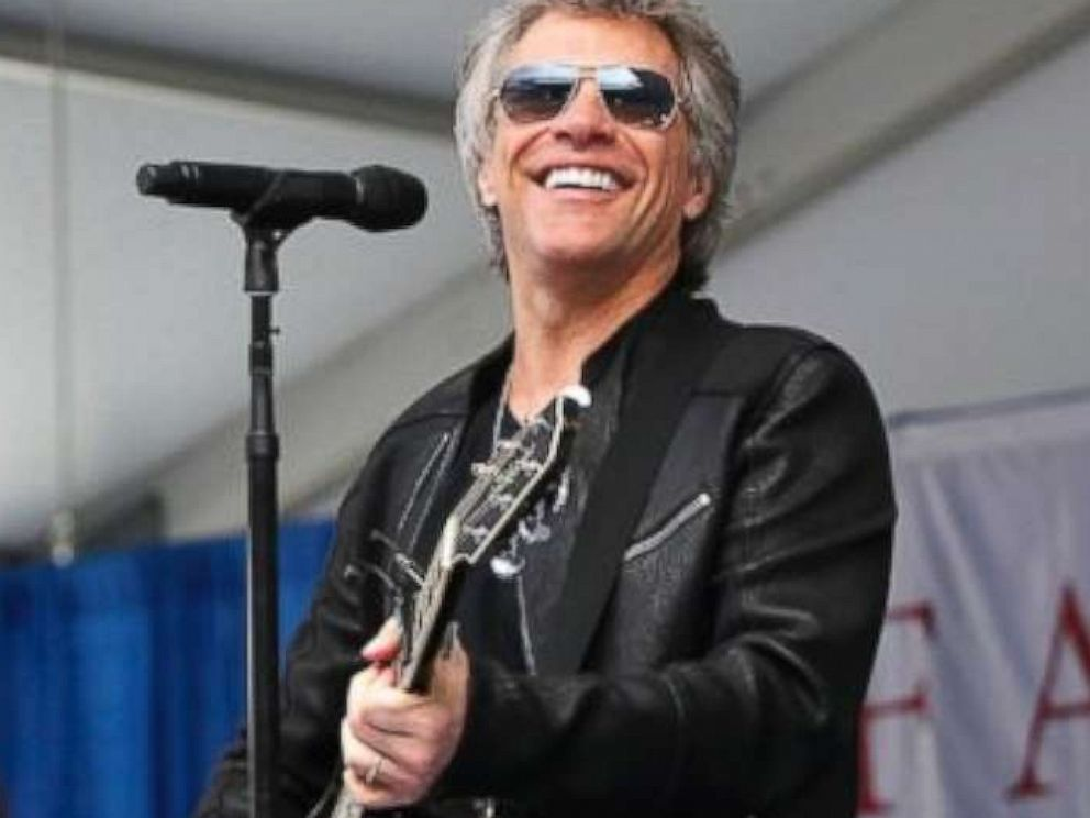 PHOTO: Jon Bon Jovi surprised 2,600 students at Fairleigh Dickinson Universitys commencement ceremony with a performance of his song, Reunion at MetLife Stadium in New Jersey, May 16, 2017.