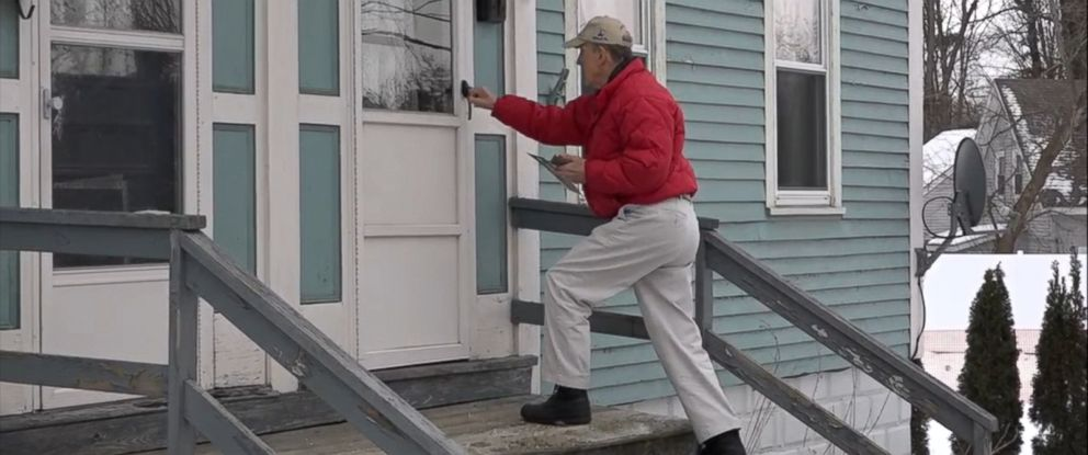 PHOTO: 82-year-old Bill Christie has volunteered to help his son N.J. Gov. Chris Christie campaign for president.