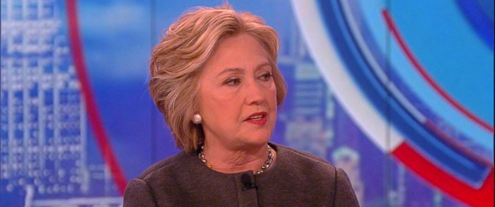 """PHOTO: Hillary Clinton makes an appearance on """"The View,"""" on April 5, 2016 in New York City."""