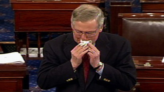 VIDEO: Senate minority leader emotional during tribute to long-time aide Kyle Simmons.
