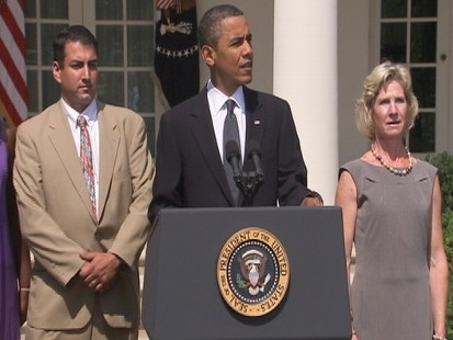 Video: President Obama gives remarks on unemployment benefits extension.