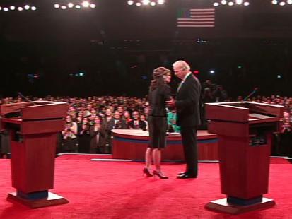 photo of joe biden and sarah palin at vp debate in st. louis