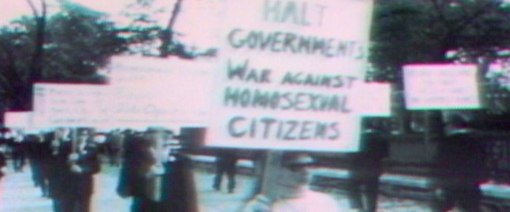 PHOTO: Protesters march in the first gay rights protest outside the White House in Washington, April 17, 1965.